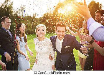 su, jardín, recién casados, fiesta, huésped