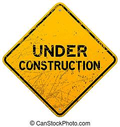 Sucio bajo la señal de construcción