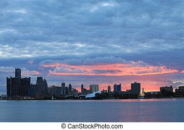 Sunset sobre Detroit Skyline desde Belle Isle