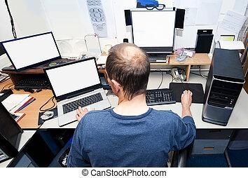 técnico, computadora