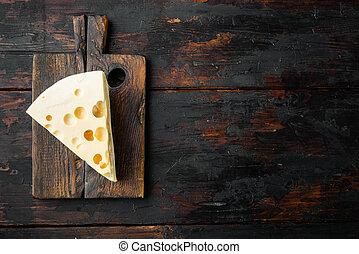 tabla, texto, queso, maasdam, de madera, viejo, colocar, vista, plano, espacio de copia, oscuridad, cima