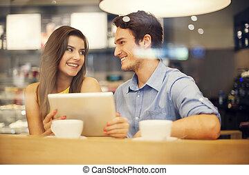 tableta, pareja, coquetear, digital, utilizar, café