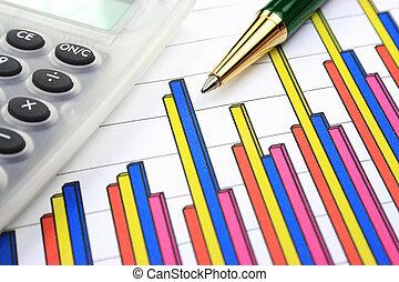 Tarjeta de negocios, calculadora y pluma