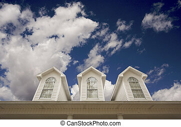 techo de casa y ventanas