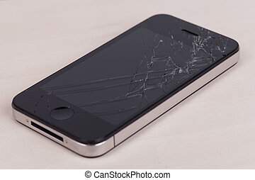 Teléfono de pantalla roto