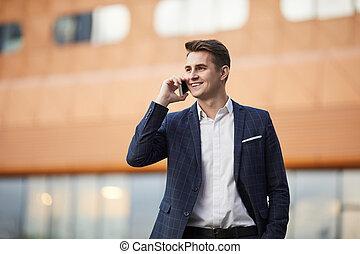 teléfono, hombre de negocios, hablar