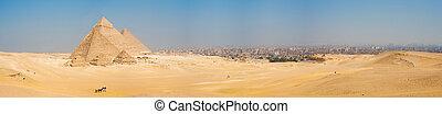 Todas las pirámides de Giza, el panorama de Cairo Cityscape