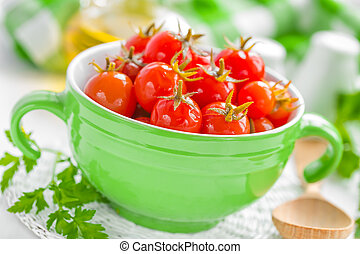 Tomates en vinagre