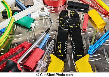 Tooling del electricista, cierra