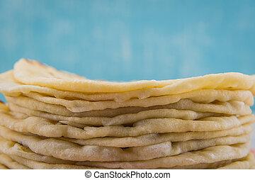 Tortillas de harina con espacio de copia encima
