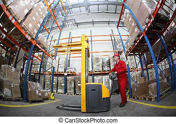 Trabajador en almacén