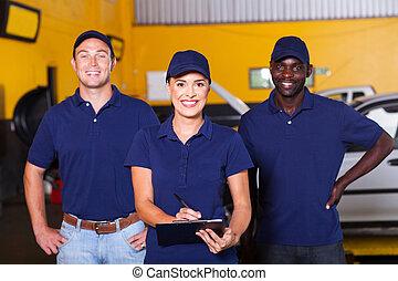 Trabajadores de talleres