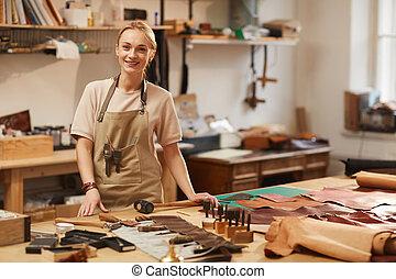 trabajo, hembra, feliz, artesano