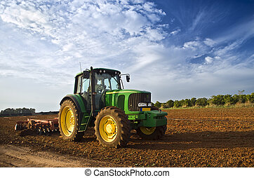 Tractor en un campo