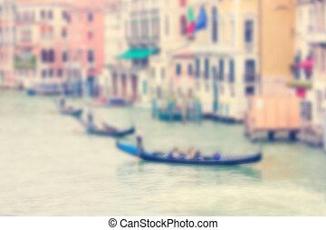 Trasfondo concentrado con el gran canal y tres góndolas en Venecia