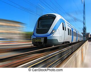 Tren de alta velocidad con movimiento borroso