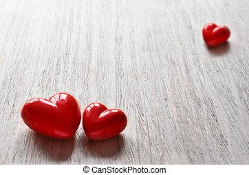 Tres corazones de caramelo para San Valentín.