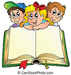 Tres niños con un libro abierto