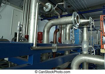 tuberías y máquinas industriales
