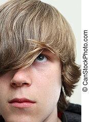 Un adolescente serio