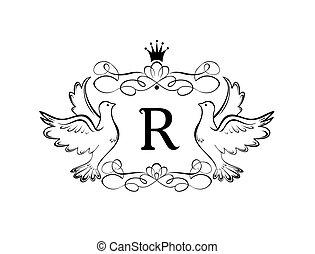 Un antiguo marco real con corona