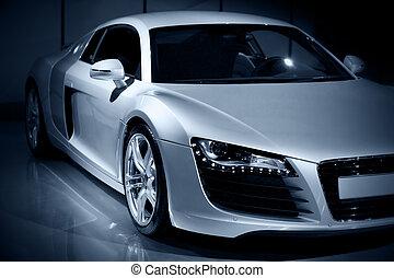 Un auto deportivo de lujo