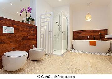 Un baño caliente moderno