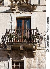 Un balcón histórico.