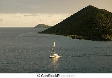 Un barco en islas vírgenes
