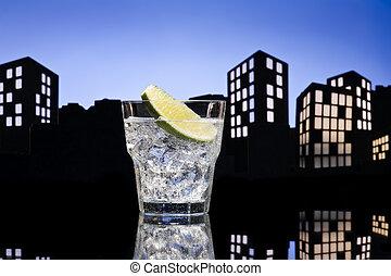 Un cóctel gin tonic de Metrópolis