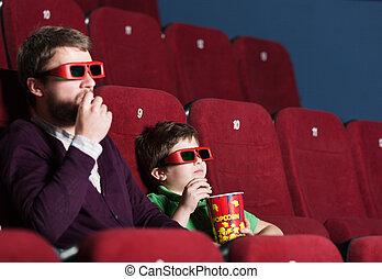 Un chico con padre en el cine