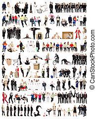 Un collage de gente