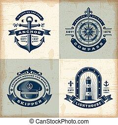 Un conjunto de etiquetas náuticas antiguas