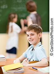 Un estudiante en clase
