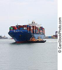 Un gran carguero