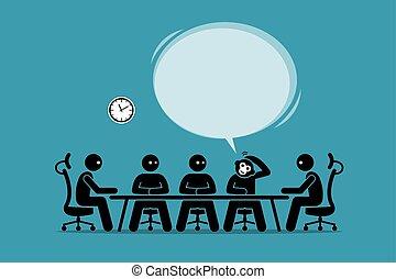 Un hombre de negocios gracioso que habla y sugiere su idea en una reunión de negocios con humanos.