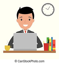 Un hombre feliz sentado en su escritorio con portátil