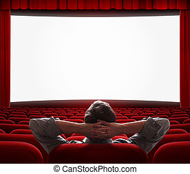 Un hombre solo en la sala de cine vacía