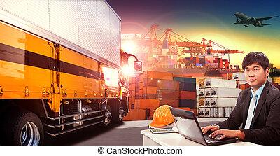 Un hombre trabajador y un camión de contenedores en puerto de carga, muelle de contenedores y avión de carga volando por encima del uso de transporte y industria logística