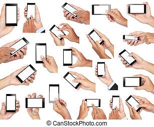 Un juego de manos sosteniendo un teléfono móvil con pantalla en blanco