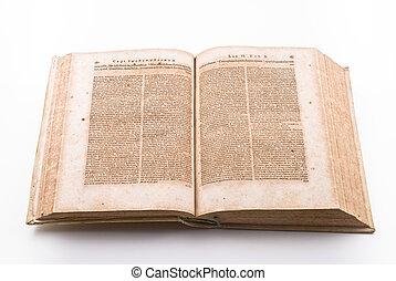 Un libro de leyes antiguo
