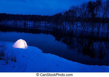 Un lugar cálido para dormir en la fría noche de invierno
