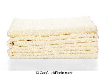 Un montón de toallas de baño
