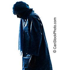Un retrato de hombre tuareg silueta