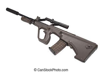 Un rifle de asalto con silenciador