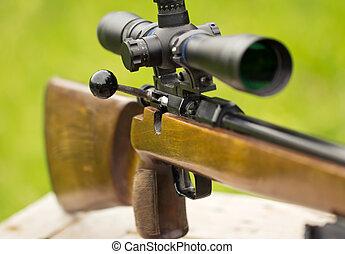 Un rifle de francotirador