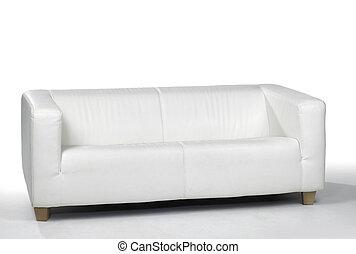 Un sofá blanco