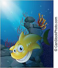 Un tiburón sonriente bajo el mar