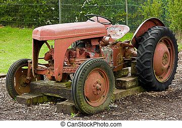 Un tractor de granja
