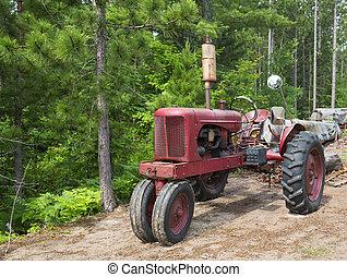Un tractor oxidado